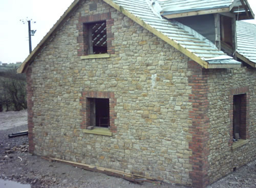 Ireland s stonemasonry specialists thomas rooney sons for Brick quoins